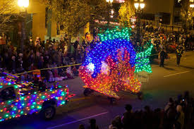 christmas light parade floats parade silver bells in the city