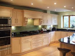 light maple shaker cabinets natural maple shaker kitchen cabinets 57085 texasismyhome us