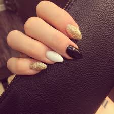 coffin nails are a cross between stiletto nails and square nails