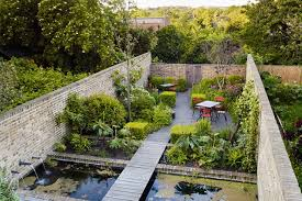 Small Walled Garden Ideas Winsome Walled Garden Pond Outdoor Seating Small Garden Ideas