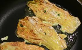 cara membuat pancake kimchi kimchi pancake kimchijeon recipe maangchi com
