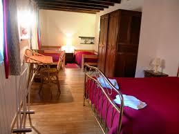 chambre d hote cirque de navacelle chambres d hôtes la source des lutins chambre et chambre familiale