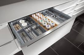 tiroirs cuisine une cuisine pratique au quotidien c est mieux rangements