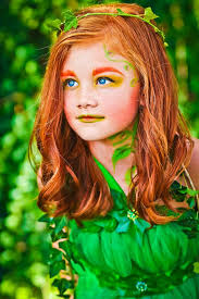 Poison Ivy Halloween Costume Diy 25 Ide Terbaik Tentang Poison Ivy Wig