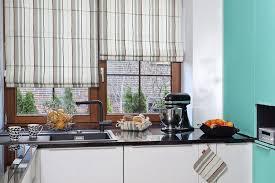 rideau de cuisine et gris design interieur rideaux cuisine romains beige gris plan travail