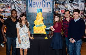 zooey deschanel photos fox s new 100th episode cake