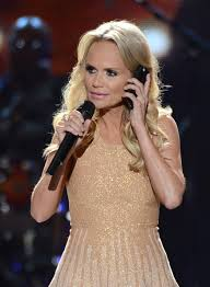 country singer with short hair more pics of kristin chenoweth short curls 37 of 71 short