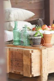 Shipping Crate Coffee Table - rustic fall porch tour creative cain cabin