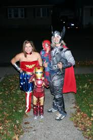 Fun Family Halloween Costumes by All In The Family Great Group Halloween Costume Ideas