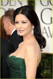 cathrine zeta michael douglas u0026 catherine zeta jones golden globes 2011 red