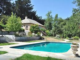 4 bedroom 2 bath house with pool on worki vrbo