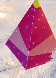 easy diy geometric paper ornament with free printable curbly
