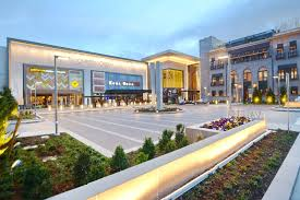 shopping mall cherry creek shopping center denver s premier shopping destination