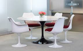 Tulip Side Table by Saarinen White Tulip Side Chair Hivemodern Com