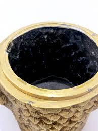 porte seau a champagne sur pied seau à glace hibou en métal doré mauro manetti 1950 design market