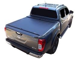 Roll And Lock Bed Cover Nissan Navara D23 Np300 Accessories Roll N Lock Tonneau Cover