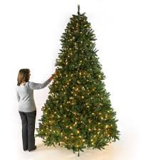 pre lit green valley spruce artificial tree