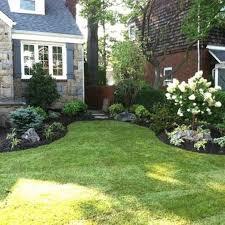 Sidewalk Garden Ideas Front Yard Sidewalk Garden Idea