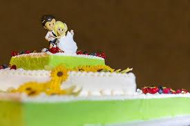hochzeitstorte aus gips hochzeitstorte tortenfiguren und cake topper evas hochzeit de