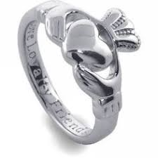 avery claddagh ring gorgeous diamond accent claddagh ring by buccaneertrading