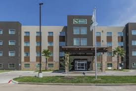 family garden inn laredo tx quality inn u0026 suites houston tx booking com