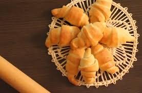 foodista copycat recipes pillsbury crescent rolls