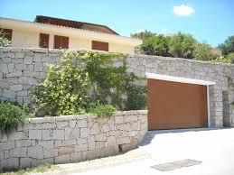 hormann sezionali portoni sezionali h禧rmann per un elegante villa in costa smeralda