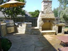 Outdoor Kitchen Designs For Small Spaces Outdoor Kitchen And Fireplace Designs Home Interior Design Ideas
