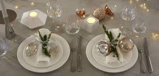 Christmas Table Settings Tis The Season To Celebrate Christmas Table Setting Ideas