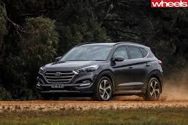 hyundai tucson 2016 2017 hyundai tucson review live prices and updates whichcar