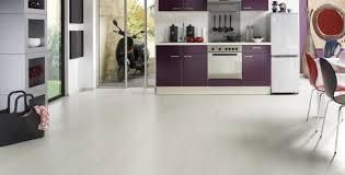 laminat in der küche laminat für die küche logoclic küchen laminate