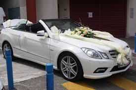 deco mariage voiture décoration de voiture des mariés
