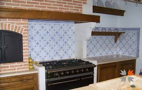 cuisine en faience les motifs des carreaux en faïence de ponchon carrelage