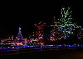 louisville mega cavern christmas lights 12 best christmas towns in kentucky 2016