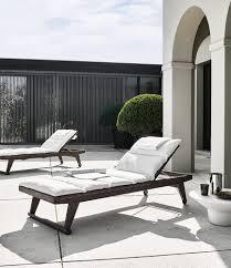 chaise table b b chaise longue gio b b italia outdoor design by antonio citterio