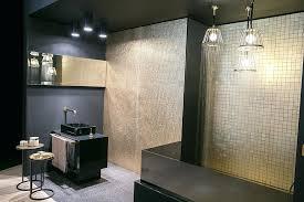 tapeten fã r badezimmer badezimmer tapete wasserabweisend 192609240 683 1024 vogelmann