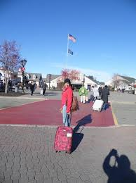 black friday woodbury commons 2017 woodbury commons picture of woodbury common premium outlets