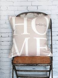 gift registry for housewarming best 25 new home gifts ideas on housewarming gift