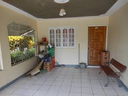 3 bedroom 2 bathroom house for sale in may pen clarendon jamaica