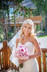 beauty photos blonde medium length bridal hairstyle inside