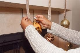 Elegant Christmas Mantel Decorations by Simple And Elegant Christmas Mantel Decorations