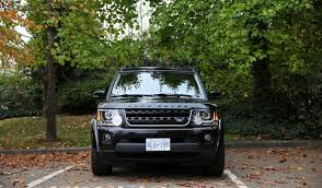 land rover lr4 inside comparison land rover lr4 2016 vs land rover discovery 5 hse