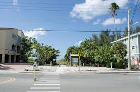 residents worry a proposed home may limit siesta key public beach