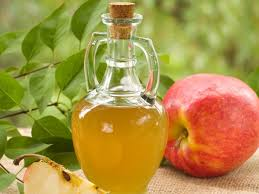apple cider vinegar 13 incredible benefits u0026 uses organic facts