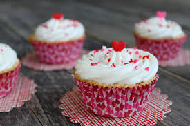 a teaspoon and a pinch vanilla pound cake cupcakes with raspberry