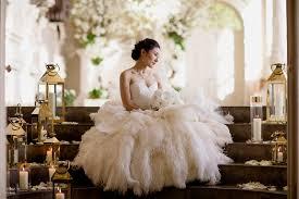 whimsical wedding dress hui s whimsical wedding at aynhoe park phillipa lepley