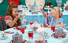 alice in wonderland party supplies birthdayexpress com