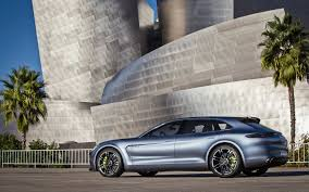 video find take a closer look at the porsche panamera sport