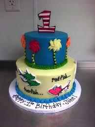 dr seuss birthday cakes dr seuss cake made custom cakes
