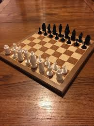 3d printed modern chess set square no supports by crossthread